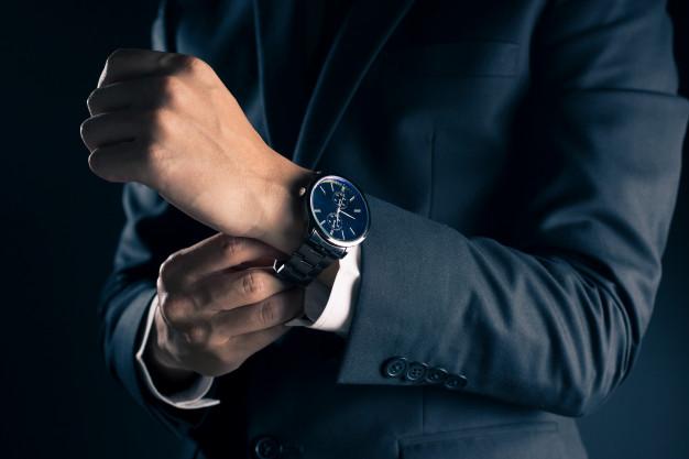 แบรด์นนาฬิกาที่เหมาะกับท่านชาย เท่ๆ ตามสไตล์ของคุณ