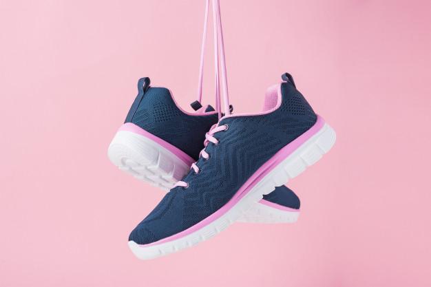 แนะนำ 7 อันดับ รองเท้าผ้าใบ แฟชั่น สำหรับผู้หญิง รุ่นไหนดี ราคาถูก ปี 2020