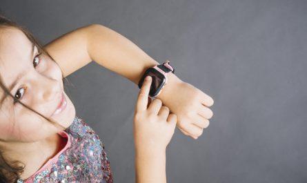 แนะนำ 7 อันดับ นาฬิกาข้อมือเด็ก ยี่ห้อไหนดี ราคาไม่แพง หรูหราดูดี