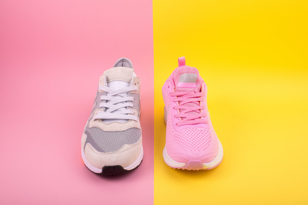 แนะนำ 7 อันดับ ร้องเท้าผ้าใบเกาหลี ยี่ห้อไหนดี สำหรับสาวๆ แฟชั่นๆ