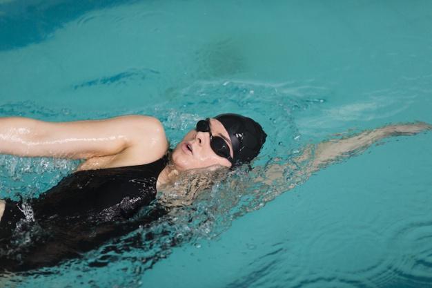 แนะนำ แว่นตาว่ายน้ำ ยี่ห้อไหนดี กันน้ำ ใช้ดีที่สุด ปี 2020