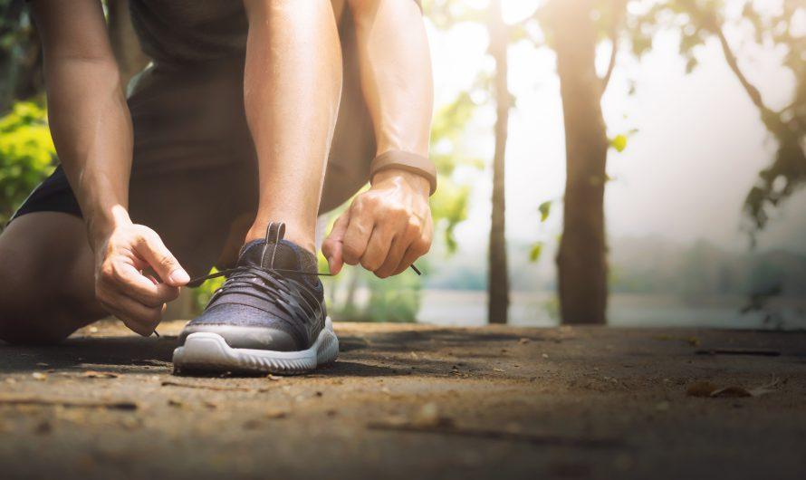 20 อันดับ รองเท้าวิ่ง สำหรับผู้ชาย ใส่สบาย วิ่งได้ยาวๆ ยี่ห้อไหนดี ปี 2021