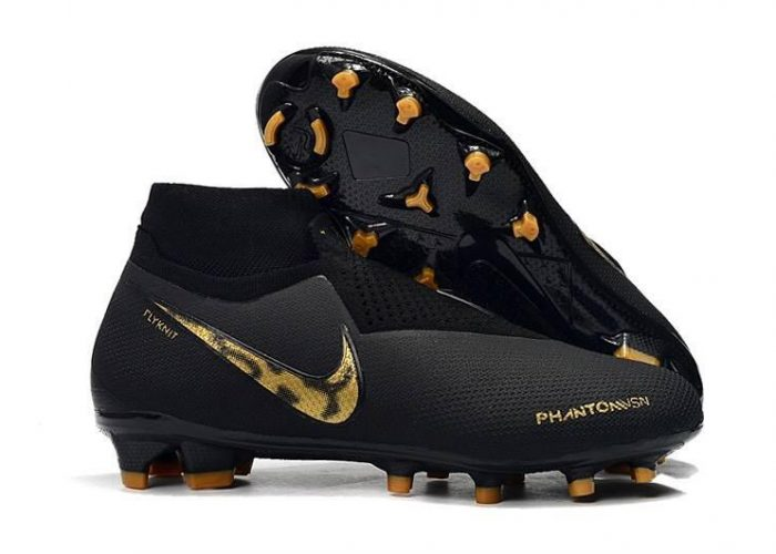 รองเท้าสตั๊ด Nike ตัวท็อป รุ่น Phantom Vision